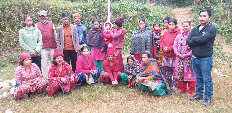 मकवानपुरगढि ६ का कृषकलाई कृषक पाठशाला तालिम